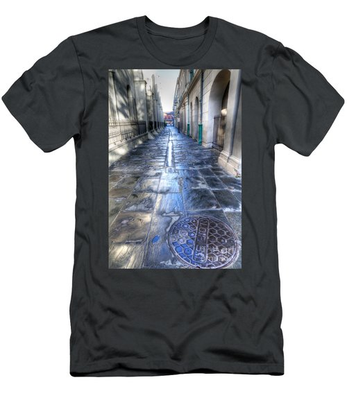0270 French Quarter 2 - New Orleans Men's T-Shirt (Athletic Fit)