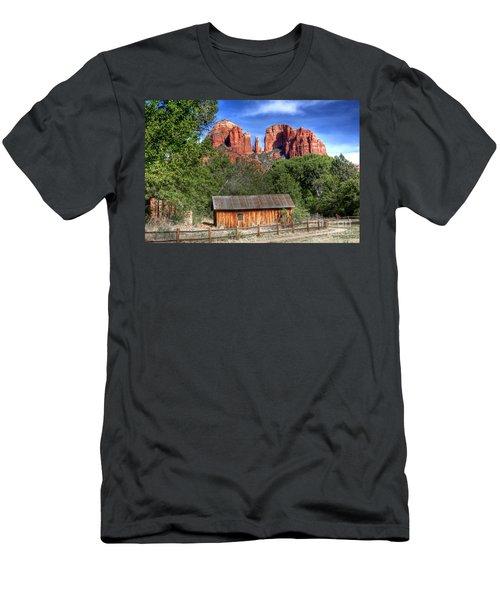 0682 Red Rock Crossing - Sedona Arizona Men's T-Shirt (Athletic Fit)