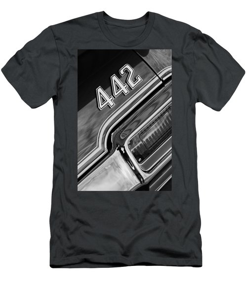 1971 Oldsmobile 442 Taillight Emblem Men's T-Shirt (Athletic Fit)