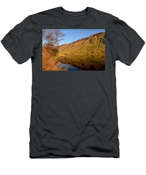 Annascaul Lake Men's T-Shirt (Athletic Fit)