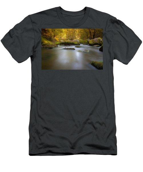 Waldnaab Tal  Men's T-Shirt (Athletic Fit)