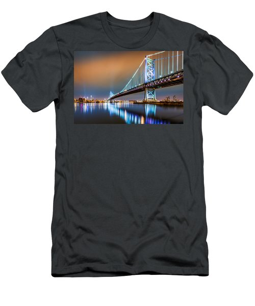 Ben Franklin Bridge And Philadelphia Skyline By Night Men's T-Shirt (Athletic Fit)