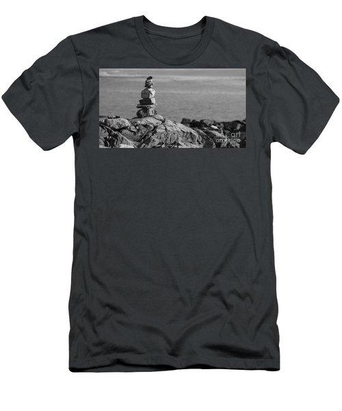 Cairn Men's T-Shirt (Athletic Fit)