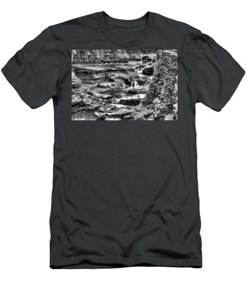 Central Cascade Watkins Glen Men's T-Shirt (Athletic Fit)