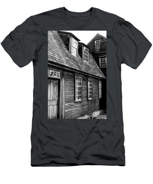 Hartwell Tavern 4 Men's T-Shirt (Athletic Fit)