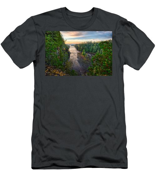 Kaministiquia River Men's T-Shirt (Athletic Fit)