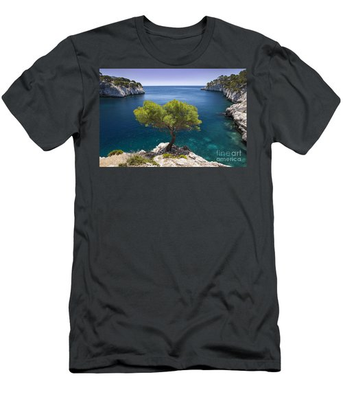 Men's T-Shirt (Athletic Fit) featuring the photograph Lone Pine Tree by Brian Jannsen
