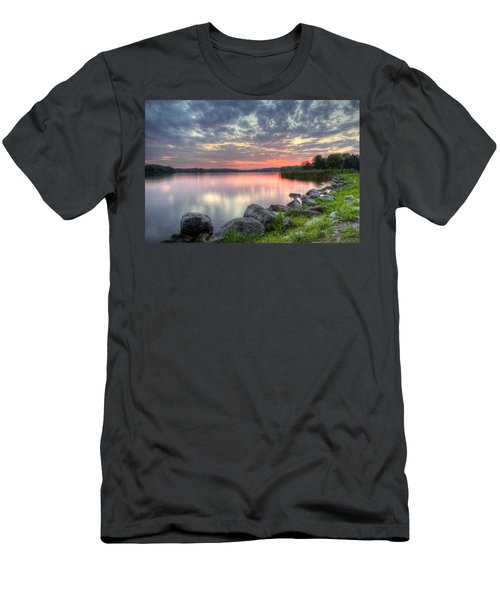 Ohio Lake Sunset Men's T-Shirt (Athletic Fit)
