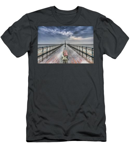 Penarth Pier 4 Men's T-Shirt (Athletic Fit)