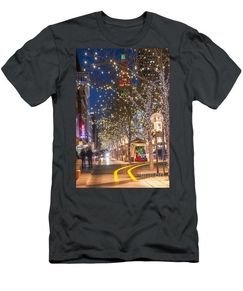16th Street Mall In Denver Holiday Time Men's T-Shirt (Athletic Fit)
