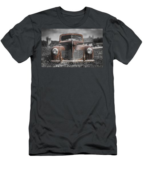 1940 Desoto Deluxe With Spot Color Men's T-Shirt (Athletic Fit)