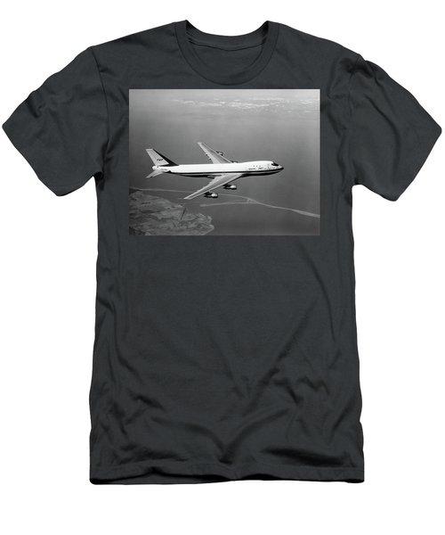 1960s Boeing 747 In Flight Men's T-Shirt (Athletic Fit)