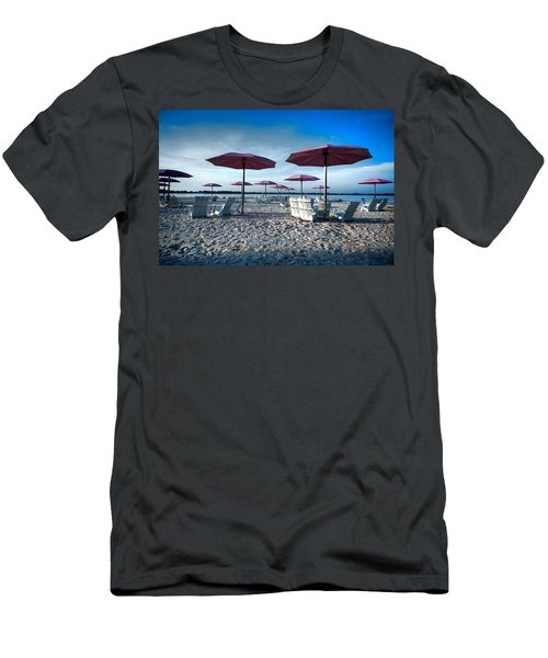Umbrellas On The Beach Men's T-Shirt (Athletic Fit)