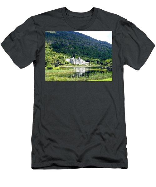 Kylemore Abbey Men's T-Shirt (Athletic Fit)