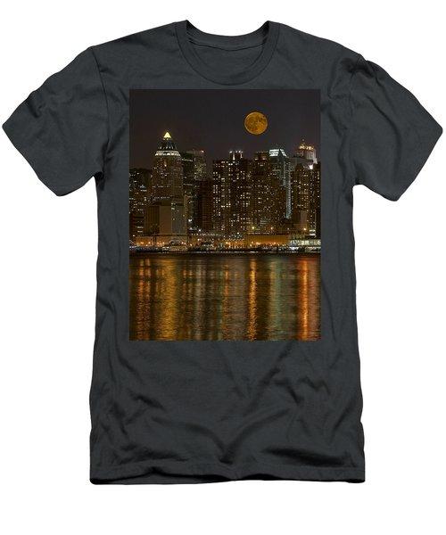 Moonrise Over Manhattan Men's T-Shirt (Athletic Fit)