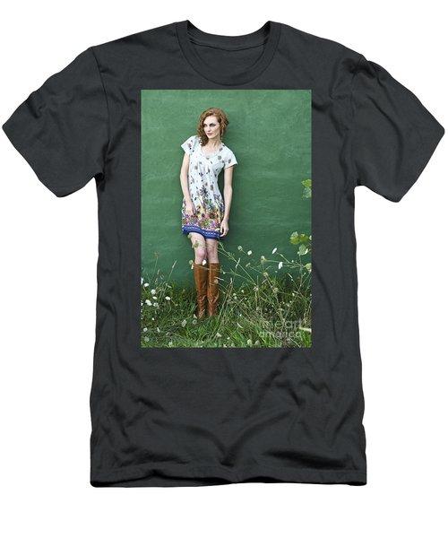 Pretty Girl Men's T-Shirt (Athletic Fit)