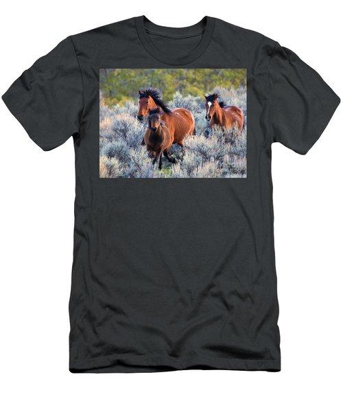 Running Free Men's T-Shirt (Athletic Fit)