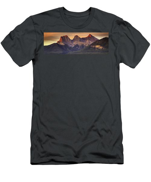 3 Sisters Canmore Alberta Men's T-Shirt (Athletic Fit)