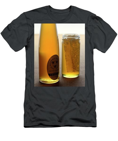 A Jar And Bottle Of Honey Men's T-Shirt (Athletic Fit)