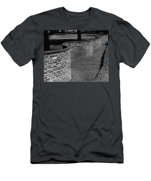 A Serpentine Brick Wall Men's T-Shirt (Athletic Fit)
