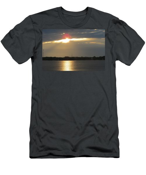 A Slot For The Sun Men's T-Shirt (Slim Fit)