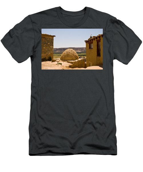 Acoma Oven Men's T-Shirt (Athletic Fit)
