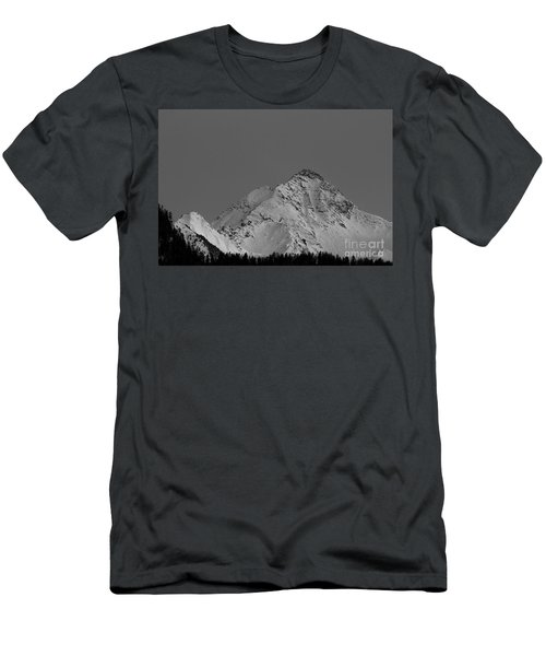 Ahornspitze After Midnight Men's T-Shirt (Athletic Fit)