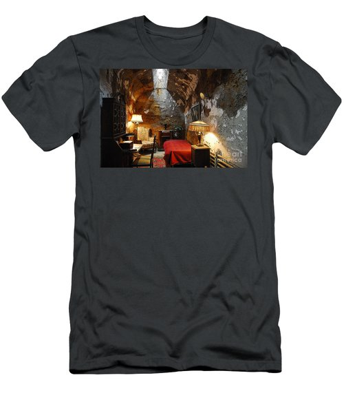 Al Capone's Cell Men's T-Shirt (Athletic Fit)