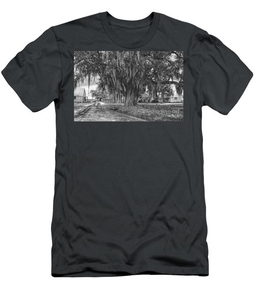 Along The River Road Near Vacherie La Men's T-Shirt (Athletic Fit)