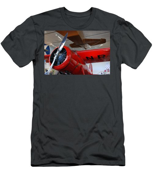 Amelia Earhart Prop Plane Men's T-Shirt (Athletic Fit)