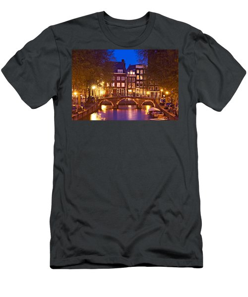 Amsterdam Bridge At Night Men's T-Shirt (Athletic Fit)