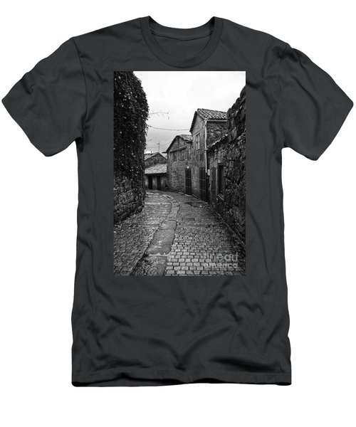 Ancient Street In Tui Bw Men's T-Shirt (Athletic Fit)