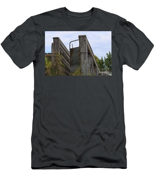 Animal Ramp Men's T-Shirt (Athletic Fit)