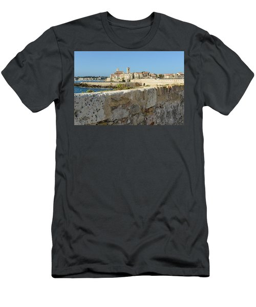 Antibes France Men's T-Shirt (Athletic Fit)