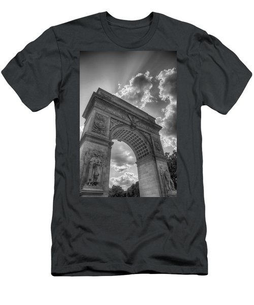 Arch At Washington Square Men's T-Shirt (Athletic Fit)