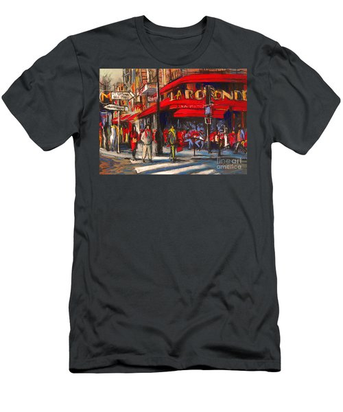 At The Cafe De La Rotonde Paris Men's T-Shirt (Athletic Fit)