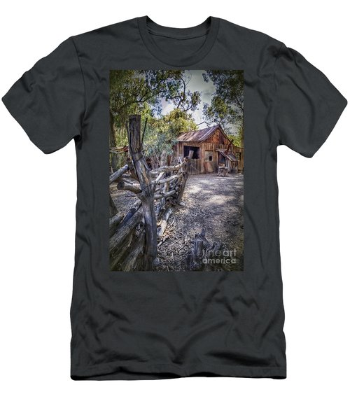 Aussie Farm Men's T-Shirt (Athletic Fit)
