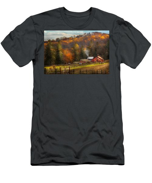 Autumn - Barn - The End Of A Season Men's T-Shirt (Athletic Fit)