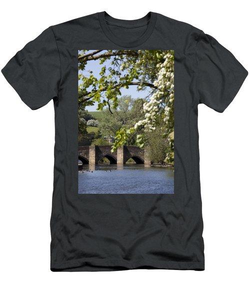Bakewell Beauty Spot Men's T-Shirt (Athletic Fit)
