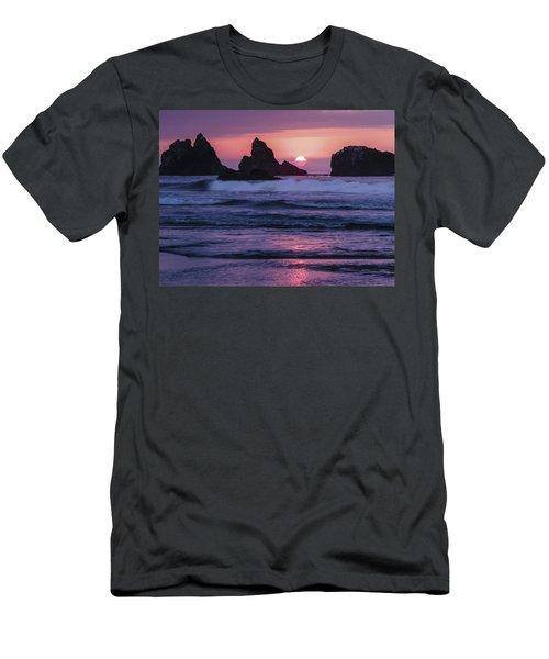 Bandon Beach Sunset Men's T-Shirt (Athletic Fit)