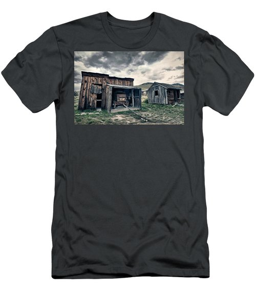 Bannack Carriage House Men's T-Shirt (Athletic Fit)