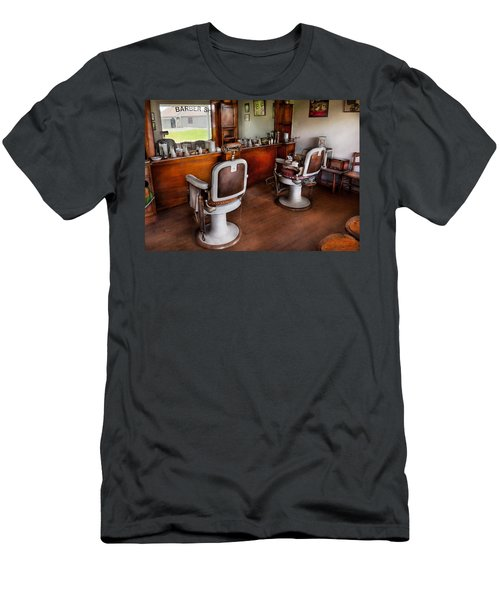 Barber - The Hair Stylist Men's T-Shirt (Athletic Fit)
