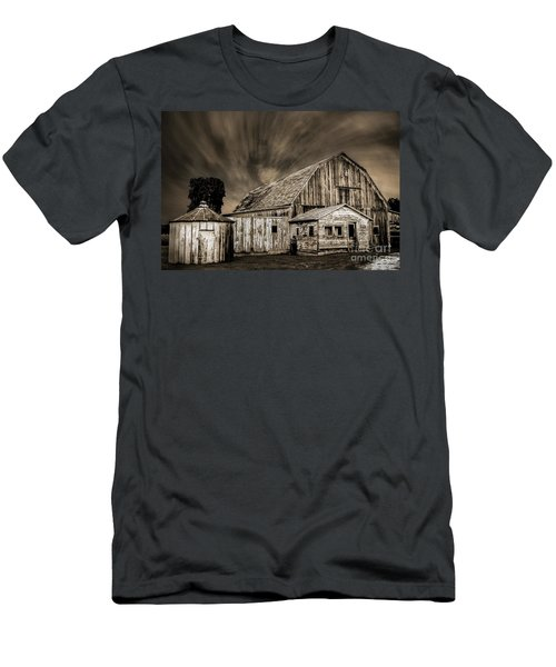 Barn On Hwy 66 Men's T-Shirt (Athletic Fit)