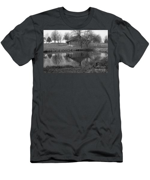 Barn Reflection Men's T-Shirt (Athletic Fit)