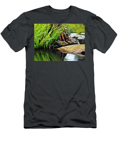 Basking Bullfrogs Men's T-Shirt (Athletic Fit)