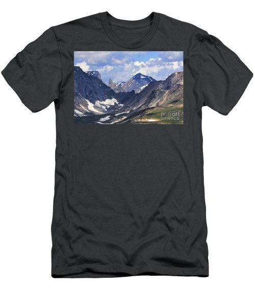 Beartooth Mountain Men's T-Shirt (Athletic Fit)