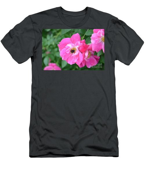 Bee Rosy Men's T-Shirt (Athletic Fit)