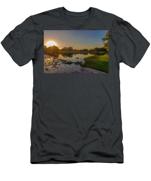 Berry Creek Sun Set Men's T-Shirt (Athletic Fit)