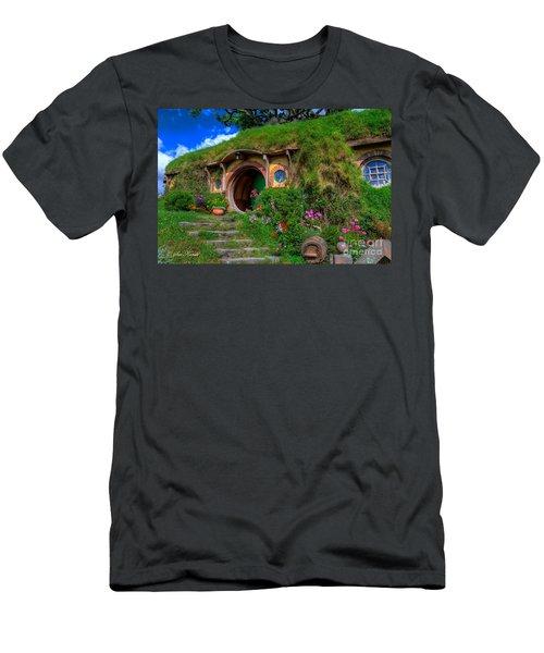 Bilbo Baggin's House 5 Men's T-Shirt (Athletic Fit)