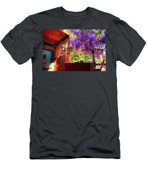 Bisbee Artist Home Men's T-Shirt (Athletic Fit)